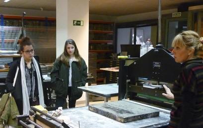 Los alumnos de ESNE Asturias visitan el Centro de Estampación Artística, Litografía Viña.