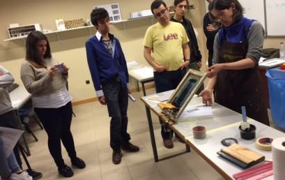La técnica de la serigrafía y su demostración práctica en ESNE Asturias